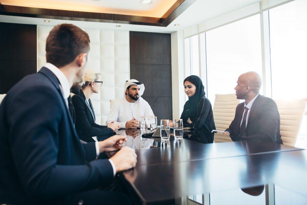 سرمایه گذاری و ثبت شرکت در قطر