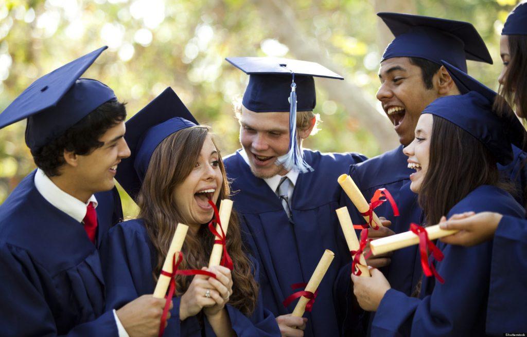 فارغ التحصیلان در دانمارک